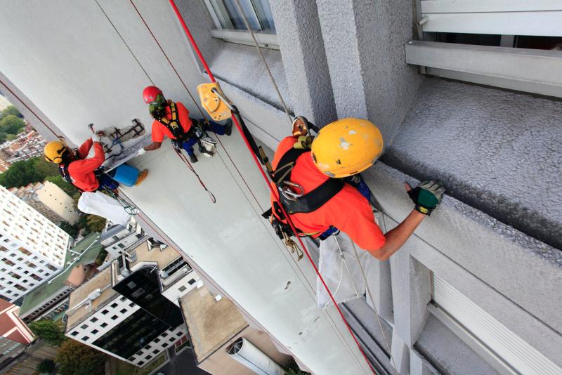 Mise en sécurité de façade, de sous face de toiture et d'édicule
